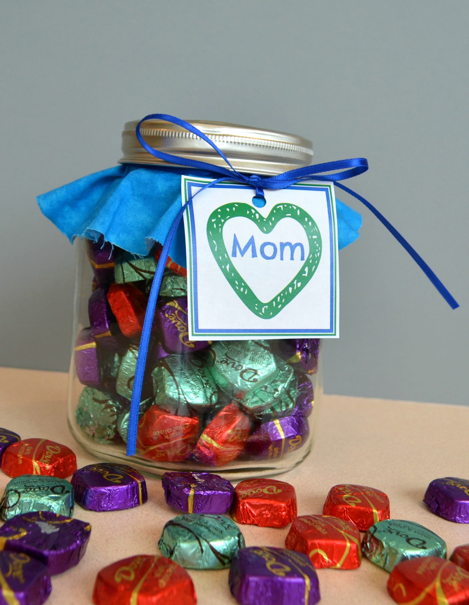 Mother's Day Gift Idea: with free printable tag - Simple