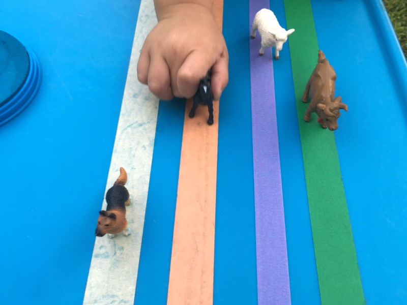 Farm activity for preschoolers. This farm animal game combines fine motor and pretend play.