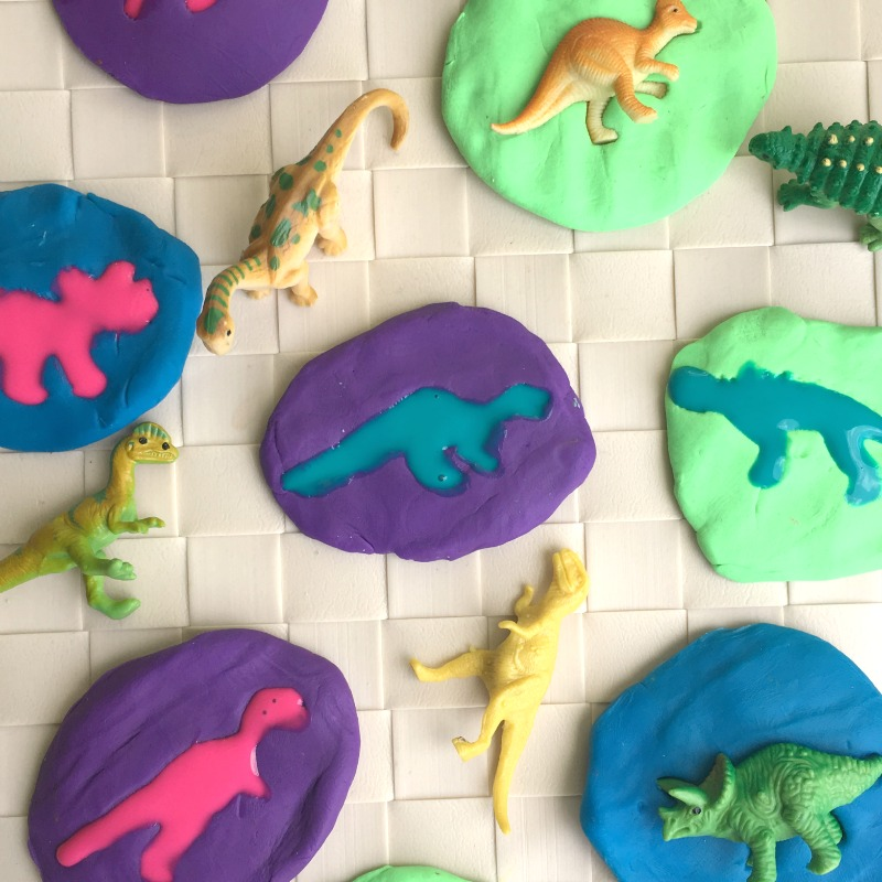 Make your own dinosaur fossils - great activity for kids!